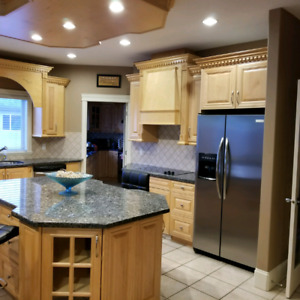 2 Rooms For Rent in a Large House Near TRU