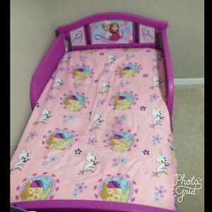 Frozen toddler bed frame
