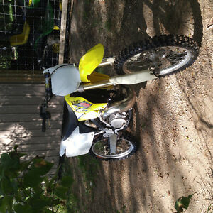 Trade or sell rm250 2006 for 450 dirtbike