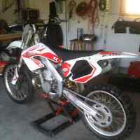 2001 Honda CR 250 Clean!! Trade or sell!
