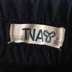 TNA lovely classic joggers