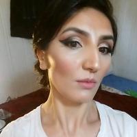 Make upartist/ hair stylist