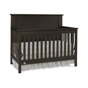 Fisher price Lucas 4-in-1 Convertible Cribs - Wire Brushed Brown