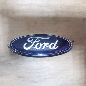 Ford F150 emblem for Rear tailgate with camera.