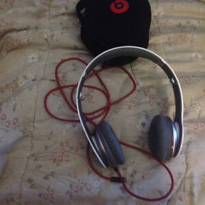 Beats headphones like new
