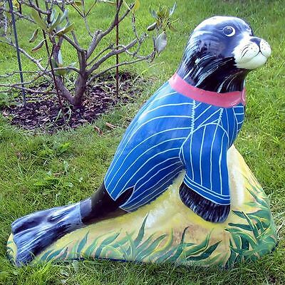 SEEHUND auf FELS ROBBE 49 cm KUNSTBEMALUNG Deko Garten Tier Figur DEKORATION