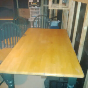 Vintage Table with 4 Windsor Chairs