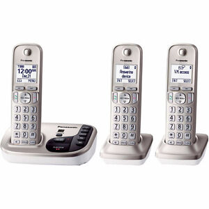Panasonic Dect 6 - Cordless Phones - 3 HANDSETS!