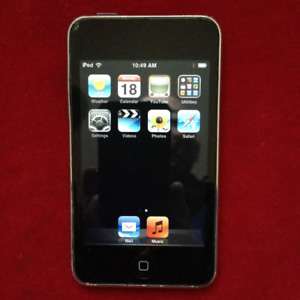 Apple iPod Touch 8Gb, Silver, 2nd Gen (A1288)