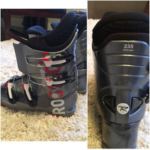Ski Boots boys / youth size 23.5 Rossignol