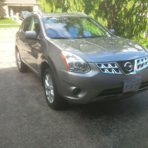 2011 Nissan Rogue SV AWD SUV, Crossover. Price reduced