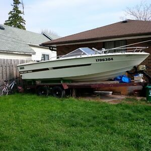 20' sunray v-200 with 351 inboard