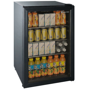 Very Lightly used Magic Chef 4.7 cu ft 143-Can Beverage Cooler