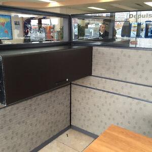 Panneaux, cloisons, cubicules, séparateurs, mobilier de bureau..