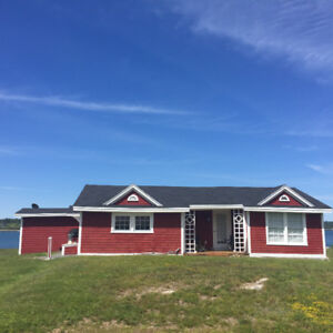 Beautiful Cottage for Sale on the Bay of Fundy