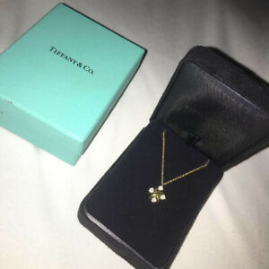AUTHENTIC TIFFANY 18K GOLD DIAMOND PENDANT FOR SALE