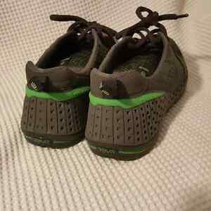 Teva Grey and Green  Shoes - Size 11 Edmonton Edmonton Area image 4