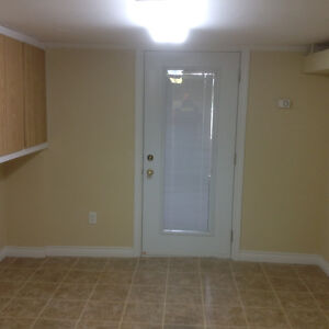 One bedroom in private home