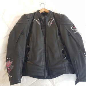 NEW Ladies MED/LG LEATHER Scorpion Exo Motorcycle Jacket