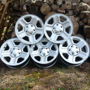 """16"""" Jeep Factory Rims with Tire Pressure Monitoring Sensors"""