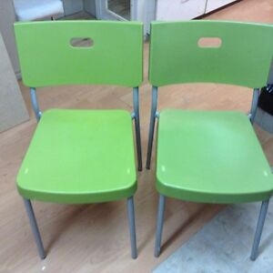 Chaises Ikea empillable