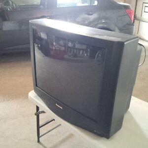 """Panasonic - GAOO -27"""" TV"""