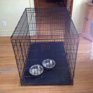 cage pour gros chien accessoires pour animaux de. Black Bedroom Furniture Sets. Home Design Ideas