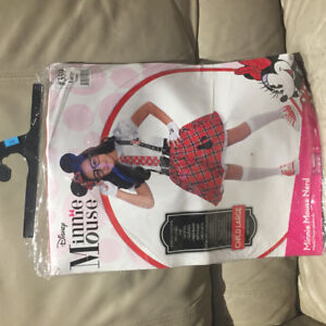 Child's Minnie Mouse Halloween costume (size 10-12).