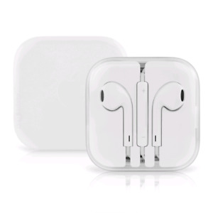 Brand new apple earphones in box!!