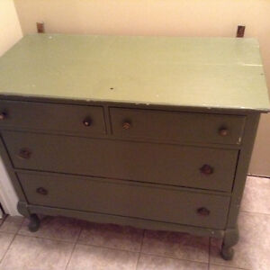 Antique dresser,solid wood Kitchener / Waterloo Kitchener Area image 1