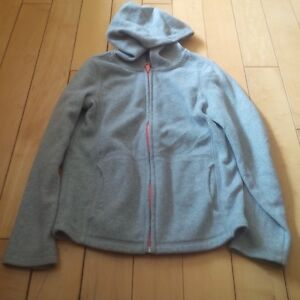 Size 8  Girls Sweaters Kitchener / Waterloo Kitchener Area image 2