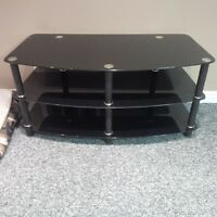 Flat Screen TV Stand 19'' x 42''