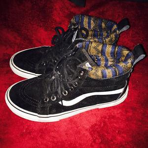 For sale vans shoes. High cut