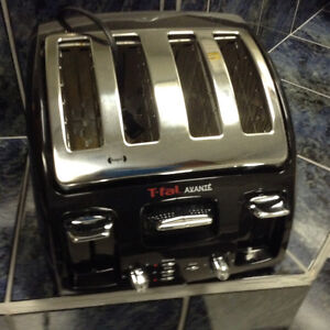 FOR SALE:  T-FAL. 4-SLICE  TOASTER