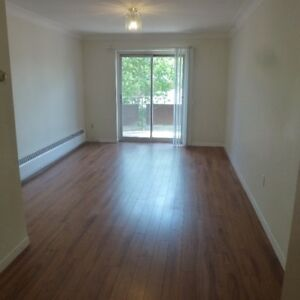 ATTN STUDENTS: 3 BEDROOM CLOSE TO QUEENS, INCLUSIVE!