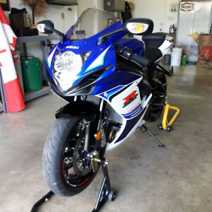 2016 GSXR600 Anniversary Edition As New $8500 OBO