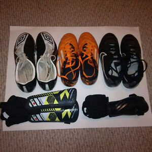 3 pairs of soccer cleats and 2 pairs of shin guards Kitchener / Waterloo Kitchener Area image 1