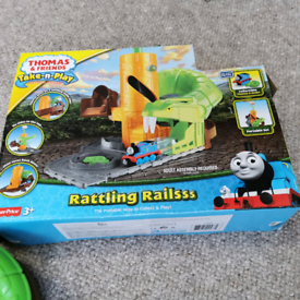 Thomas the tank engine take and play set