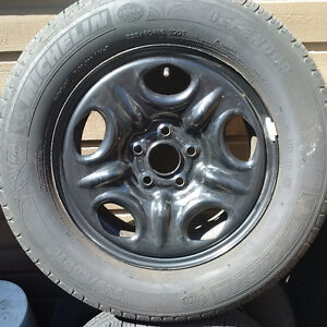Michelin Defender mounted tires 235/60/16
