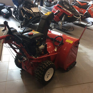 """Trot-bilt 33"""" Snow blower clear out !!! Save 800.00 Kingston Kingston Area image 3"""