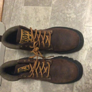 Roots Women's Hiking Boots 8-8 1/2