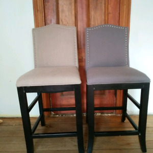 Counter height chairs. $25 each (in sussex area)