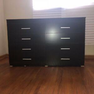 dresser for sale nice 8 drawers