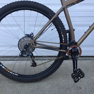 2013 kona Honzo XL, in very good condition Campbell River Comox Valley Area image 5