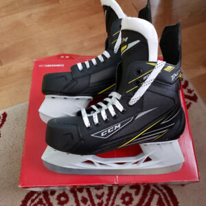 CCM Tacks 2092 Hockey Skates 6D (7.5us Shoe)