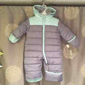 New with tags 6-9 snow suit