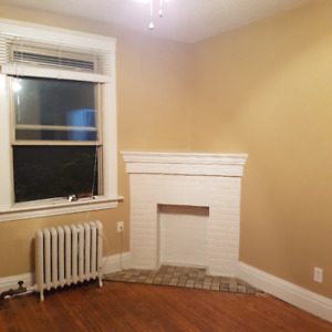 1 Bedroom Apartment -  Available Dec 1/18