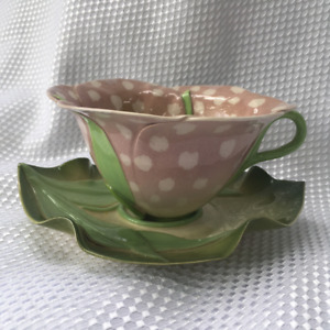 COLLECTABLE Mustardseed & Moonshine Frittilaria Cup & Saucer