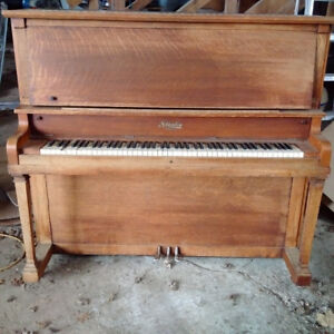 Stanley Piano - from Hick's House in Mitchell