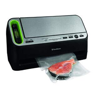 FoodSaver 2-in-1 Fridge and Freezer Preservation System - V4400